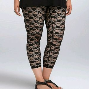 Torrid cropped lace leggings
